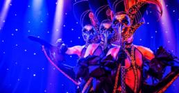 Steel de show met exclusieve theater- & showkleding